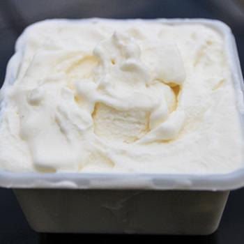 Crème glacée au lait concentré sucré