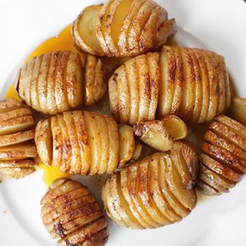 """Pommes de terre rôties à la suédoise (""""hasselback"""")"""