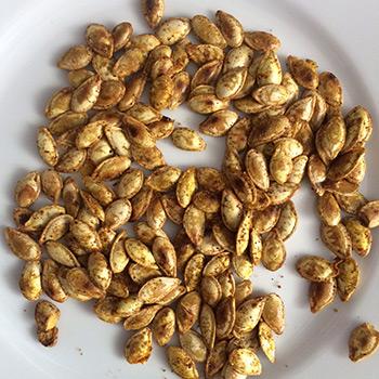 Que faire avec des graines de courge fra ches des graines de courge grill es maison que - Graines de potimarron grillees ...